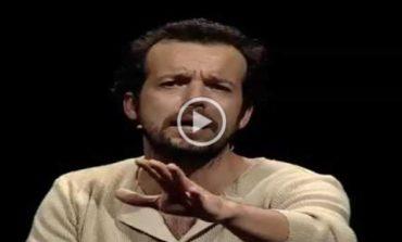 """Teatro: Mario Perrotta all'Accademia di Tuoro con """"Italiani Cìncali!"""""""