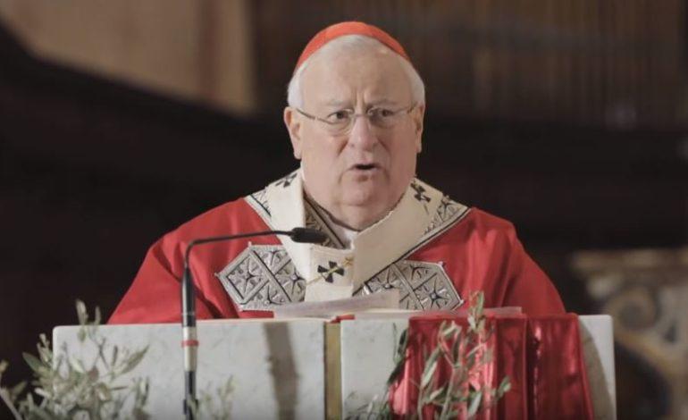 Prete arrestato, il cardinale Bassetti incontra la comunità di San Feliciano