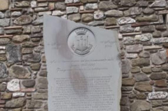 bombardamento caduti cerimonia guerra cronaca passignano