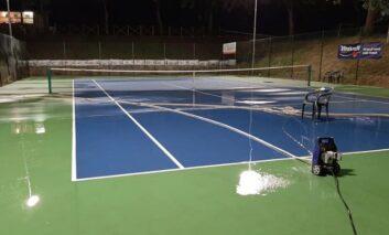 Campi tirati a lucido e in sicurezza, a Paciano riparte il tennis e non solo