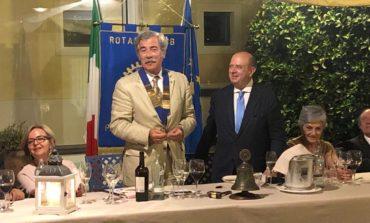 Passaggio della campana per il club Rotary Perugia Trasimeno