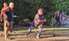 Sport e socialità, a Frattavecchia con il lockdown è risorto l'antico gioco delle bocce