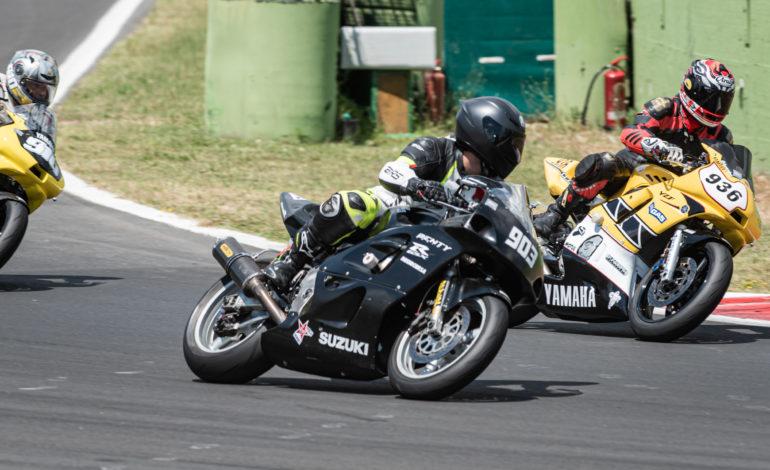 autodromo fast endurance Federazione Motociclistica Italiana Meeting in Pista moto guzzi motori magione sport