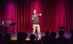 La stand-up comedy va in scena con Luca Ravenna mercoledì sera