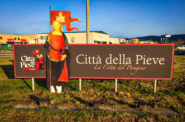 Città della Pieve, in corso la riqualificazione totale della segnaletica turistica