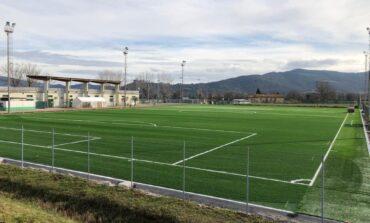 Calcio, campo sintetico nell'impianto del palazzetto dello sport di Magione