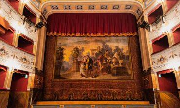 """""""Facciamo luce sul teatro!"""", Città della Pieve ha aderito all'iniziativa"""