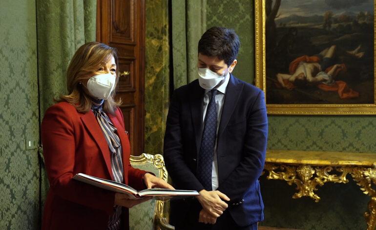 """Covid, il ministro Speranza in Umbria: """"Siamo al vostro fianco"""". Si valutano zone arancioni rinforzate"""