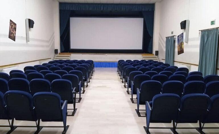Nuovi orari al Temporary Cinema di Castiglione, questa settimana 'Il cattivo poeta'