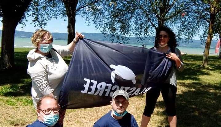 Plastic free a Castiglione del Lago: bene la prima raccolta di rifiuti abbandonati