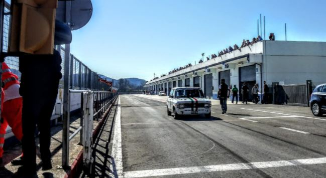 Autodromo dell'Umbria, auto in gara domenica 8 Agosto. Pubblico consentito con green pass