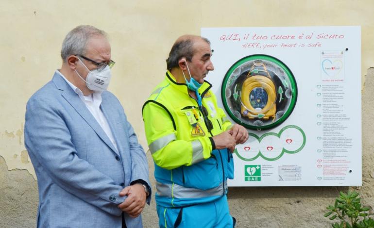 Inaugurato su iniziativa della Misericordia il defibrillatore ad uso pubblico di Isola Maggiore
